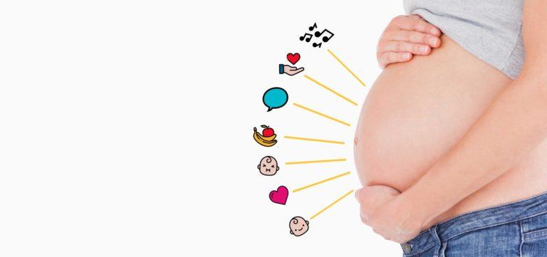 barriga de grávida com emojis
